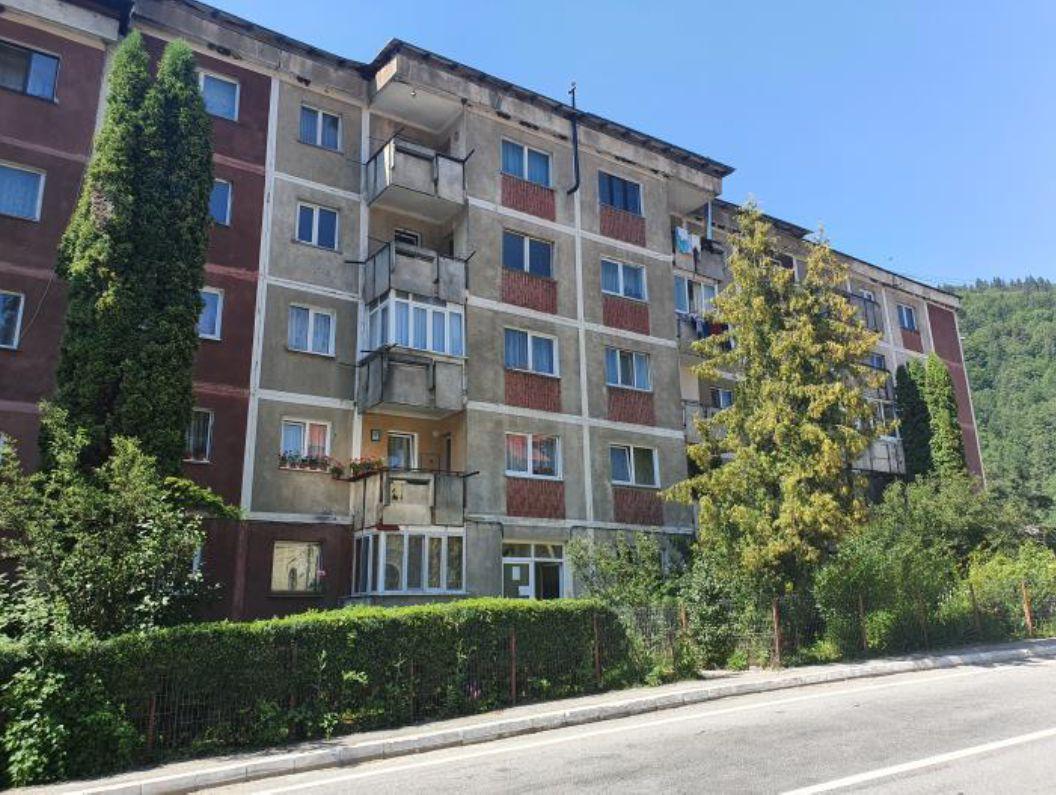 poza Apartament 3 camere Voineasa