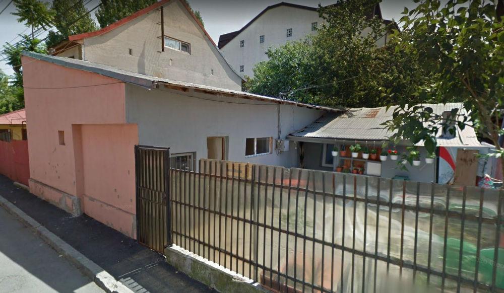 poza Cota de 1/3/ din case si teren Bucuresti Intrarea Linei