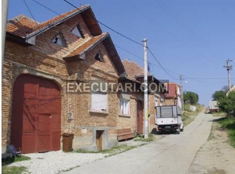 poza Zona de Vacanta - Casa P+M - 221 m² + Teren - 720 m²