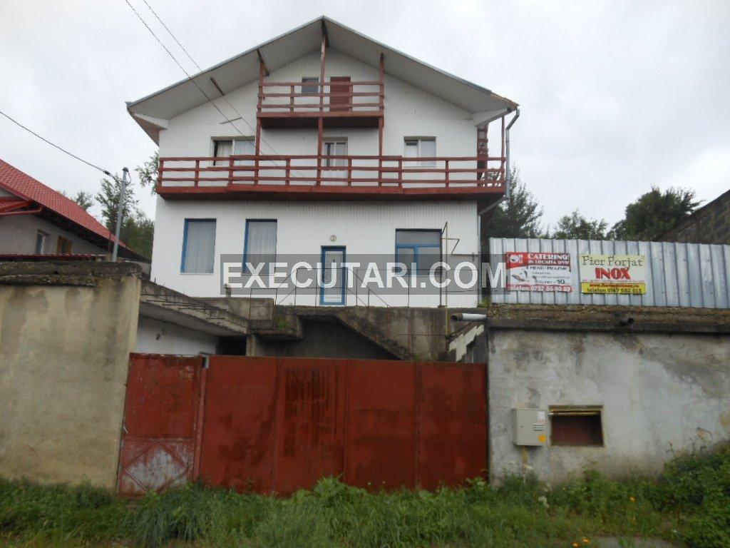 poza CENTRU MAGURA - Casa 207 m² + Garaj 36 m² + Teren 1.500 m²