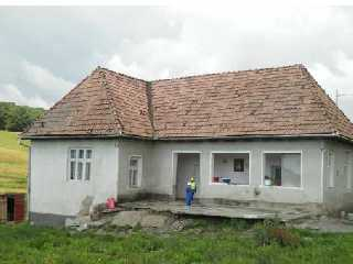 casa-de-11676-mp-si-teren---2350-mp-craciunesti.jpg